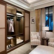 现代卧室衣柜图
