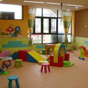 幼儿园设计飘窗图