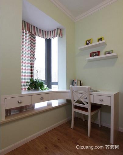 时尚感十足的飘窗书桌装修设计效果图