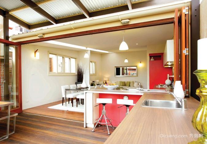 精美时尚的厨房推拉折叠门装修效果图