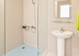 清新素雅的公寓小卫生间设计装修效果图鉴赏