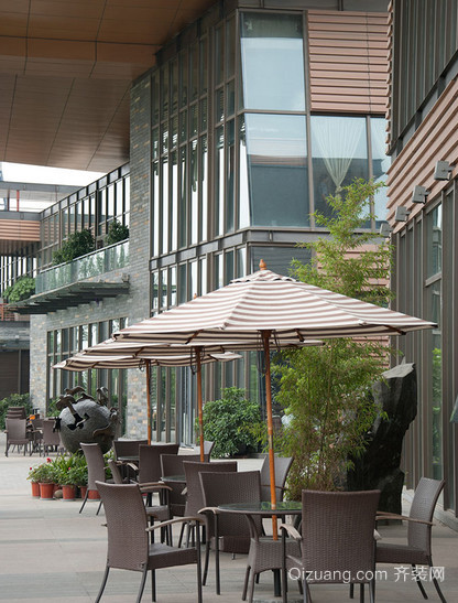 路边时尚露天咖啡厅装修设计效果图