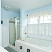 现代浴室设计图