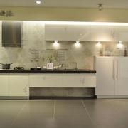 厨房整体橱柜灯光设计