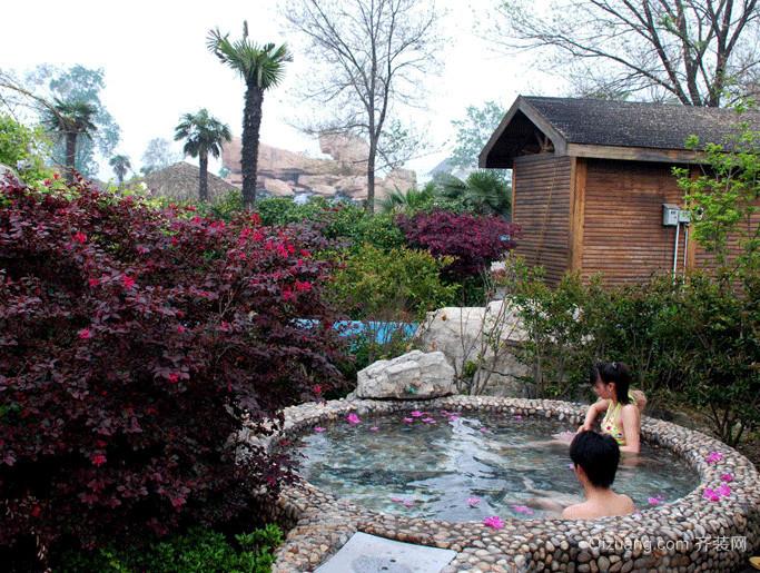 放松心情的温泉会所度假村装修效果图