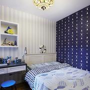 儿童卧室背景墙装修吊顶图