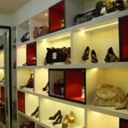店面鞋柜装修造型图