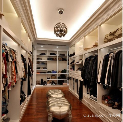 唯美的三室二厅简欧衣帽间装修效果图