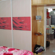 卧室衣柜装修造型图