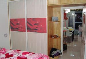 大户型卧室衣柜装修效果图