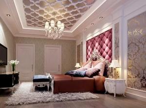 华丽却不失温暖的欧式卧室软包背景墙装修效果图