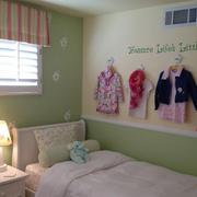 小卧室装修飘窗图