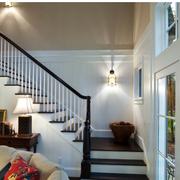 美式风格楼梯设计唯美图