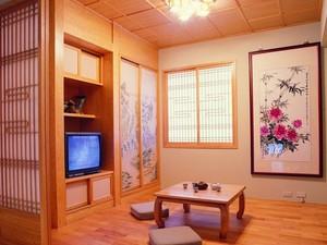 精美韩式卧室推拉门装修效果图