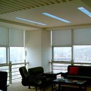 办公室百叶窗帘装修吊顶图