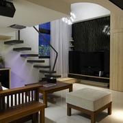 跃层式住宅客厅楼梯装修效果图