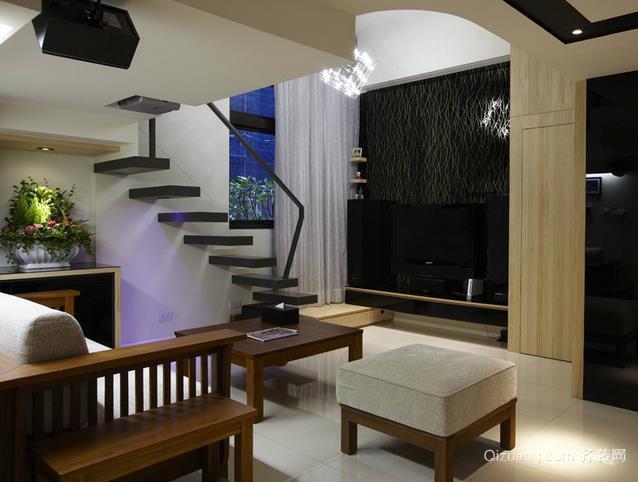 迷人跃层式住宅客厅楼梯装修效果图