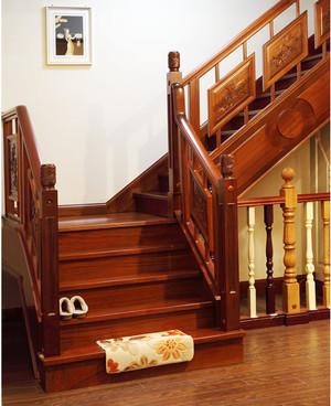 精美中式楼梯设计效果图