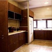别墅厨房移门装修色调搭配
