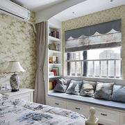 跃层式住宅卧室飘窗装修背景墙图