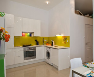 现代简约风格L型小厨房装修效果图