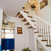 实木楼梯装修造型图