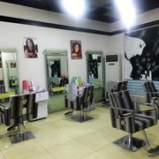 地中海风格美发店装修造型图