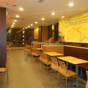 快餐店装修灯光设计