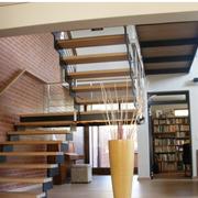 北欧风格楼梯装修背景墙图