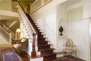 高贵典雅的欧式楼梯装修效果图