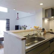 日式风格厨房装修实例