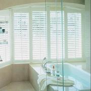 浴室百叶窗帘装修隔断图