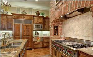 美式田园别墅厨房装修效果图