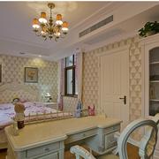 欧式风格卧室壁纸装修图案设计
