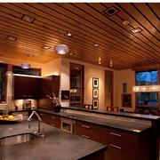 美式田园风格厨房装修吊顶图