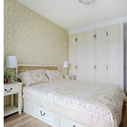 卧室装修吊灯图