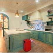 地中海风格厨房装修灯光设计