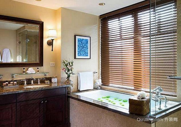 家庭浴室窗户百叶窗帘装修效果图
