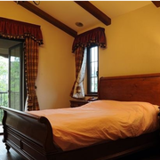 美式乡村风格卧室壁纸装修窗帘图