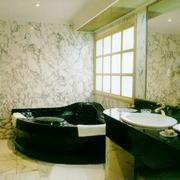 卫生间瓷砖飘窗图