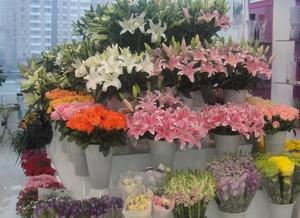 充满爱意小户型鲜花店装修效果图