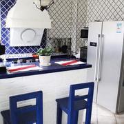 小厨房吧台装修隔断图