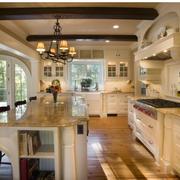 欧式风格厨房装修灯光设计