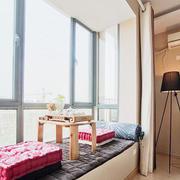 卧室飘窗设计窗帘图