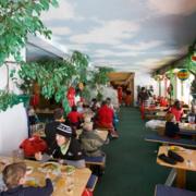 儿童主题餐厅装修实景图