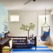 儿童房卧室装修桌椅图