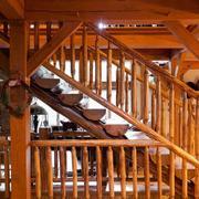 阁楼实木楼梯装修扶手图