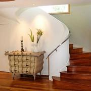 小复式楼实木楼梯装修灯光设计