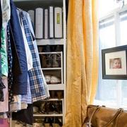 单身公寓装修衣架图