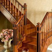 小复式楼实木楼梯装修墙纸图